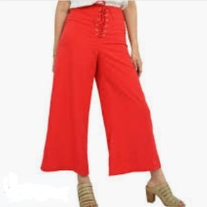 DO+BE High Waisted Wide Leg Lace Up Crop Pants